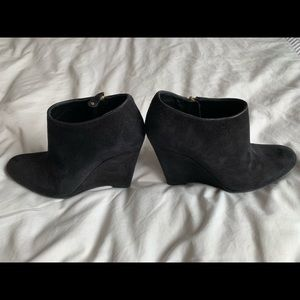 Bally suede wedge size 36
